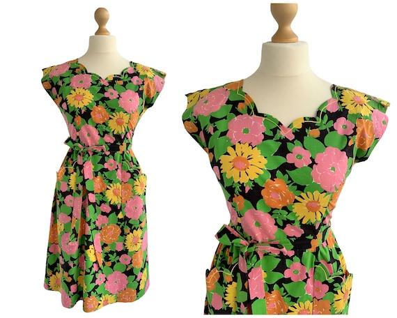 Vintage 1950s Floral Print Swirl Wrap Dress UK Siz