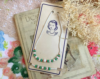 Vintage 40s/50s Child's Bead Necklace and Bracelet Set Green White and Red Beads   Deadstock Original Card Packaging