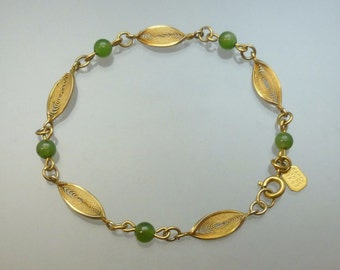 a28853da7f8 Vintage 70s Karen Lynne Jade Bracelet 12K Gold Filled Filigree Leaves