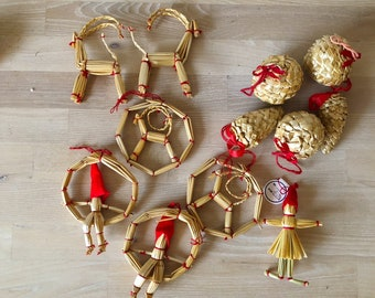 CHRISTMAS Scandinavian European Vintage Item / Set of 12 Swedish Christmas Tree Straw Ornaments, Straw Stars and Hearts, Handmade in Sweden