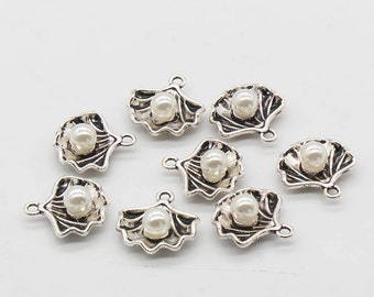 GC260 10 Seashell Charms Antique Gold Tone