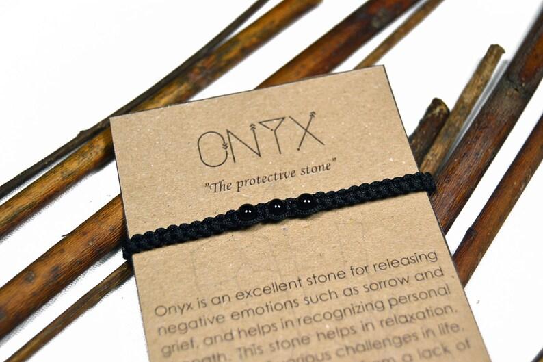 dd646d9e3b7b Pulsera de Onix. Pulsera hecha a mano de macrame. Piedras