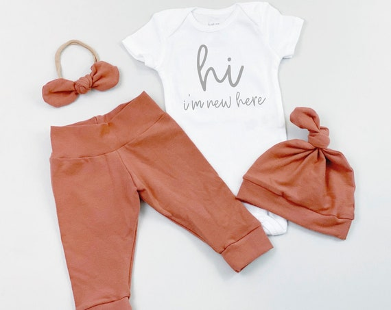 Clay Hi Im New Here Gender Neutral Coming Home Outfit