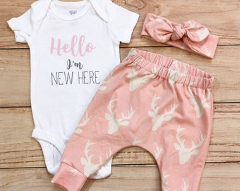Baby Girl Coming Home Outfit / Hello I'm New Here / Pink Buck / Knot Headband