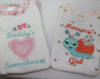 Baby girl clothes, bodysuit, baby shower gift, baby girl gift, baby gift set, new baby gift, summer baby clothes, Daddy, Mommy, snail,