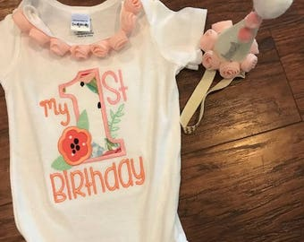 Girl 1st birthday, First birthday, 1st birthday, baby girl clothes, bodysuit, birthday outfit, birthday hat, baby birthday hat, peach