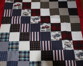 Memory quilt, memory quilts, quilts, t shirt quilt, tshirt quilt, t-shirt quilt, recycled clothing quilt, shirt quilt, throw size quilt