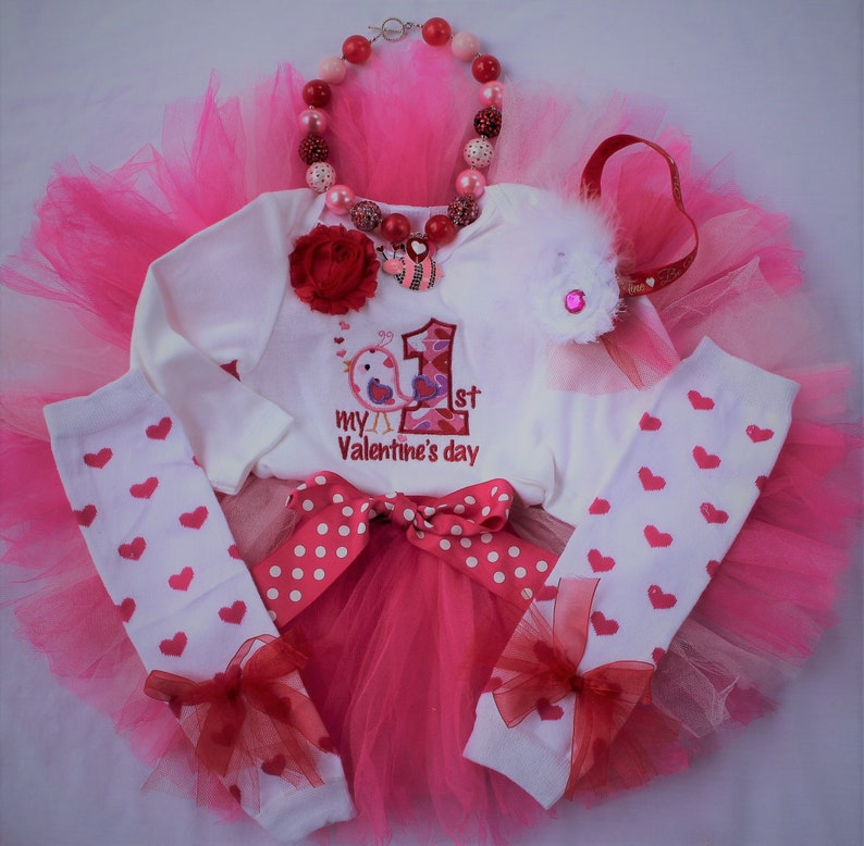 ddf8e9bbc64b38 Baby girl 1st Valentines Day outfit My first Valentines
