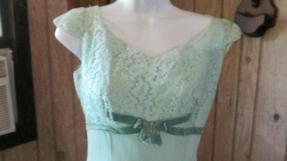 Vintage Ladies Aqua Prom Gown Lace Union Made 193… - image 2