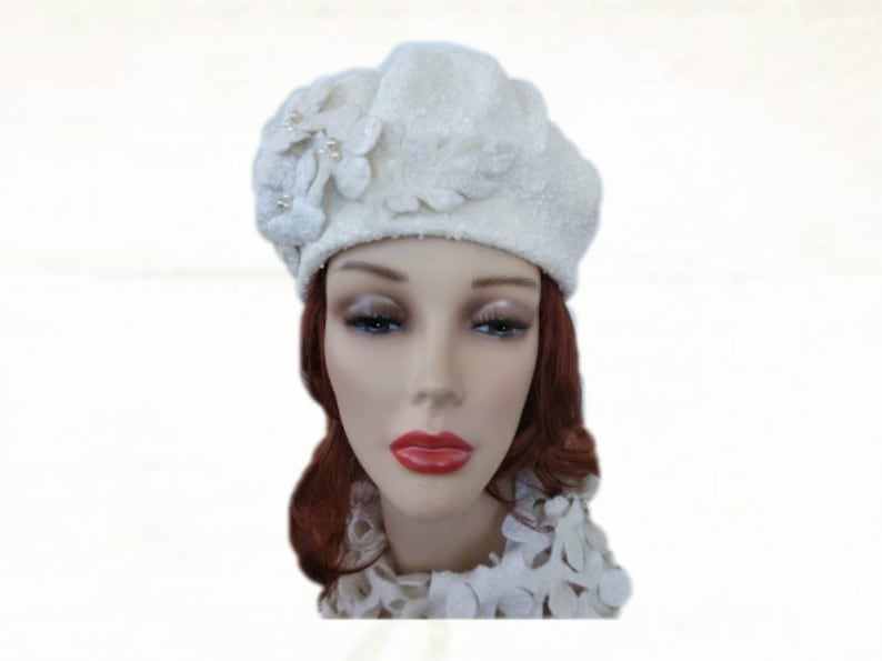 e1a09966bed Felt beret hat Women s felted beret Creamy-white wool