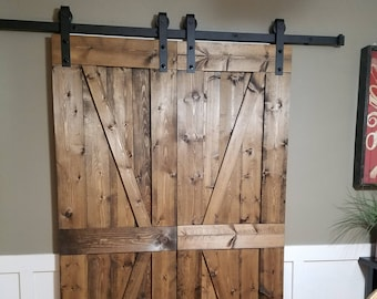 Barn Door / Farmhouse Decor / Barn Board