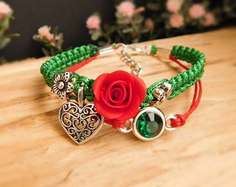 Green bracelet Charm bracelet Sister gift Bright jewelry Red Flower bracelet Boho bracelet Gift for her Mom gift Anniversary gift for women