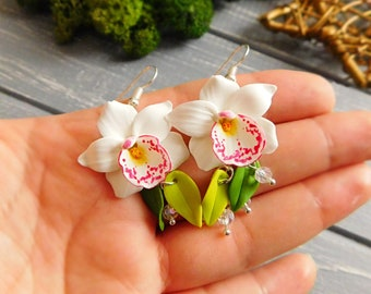 White flower earrings Orchid earrings Long white earrings Floral earrings Flower jewelry Handmade polymer jewelry Wedding earrings Bridal