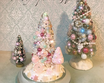 Beautiful Bottle Brush kitsch Christmas Tree in a jar, vintage style shabby Chic Christmas decoration boxed