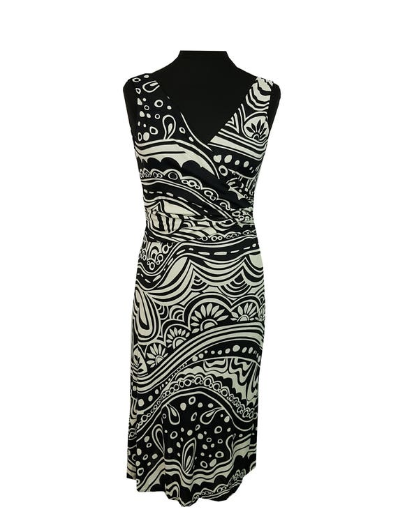 Black White Patterned by Phase Eight
