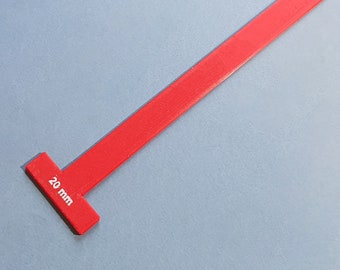 T-Spacer/Gauge/Straightedge for Bookbinding, Cartonnage, and Other Crafts (2.5 mm high, 3d-printed, Mark II)