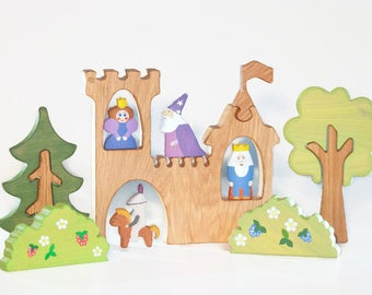 Waldorf Castle Play set Fairytale toys Medieval toys King and Princes figurine Castle toy