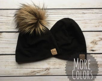 Beanie // Pom beanie // faux fur pom beanie // pom hat // gender neutral // faux fur hat // gift idea // baby-adult