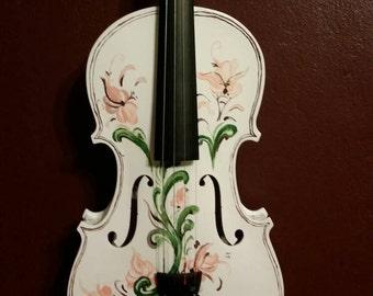 Rosemaling painted violin