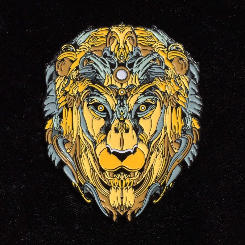 MUGWART Lion Hat Pin image 0