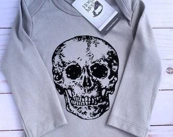 ORGANIC SKULL Baby Bodysuit (Grey Shirt)