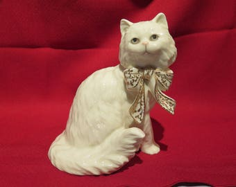 "Lenox ""Sitting Pretty"" Cat Figurine"