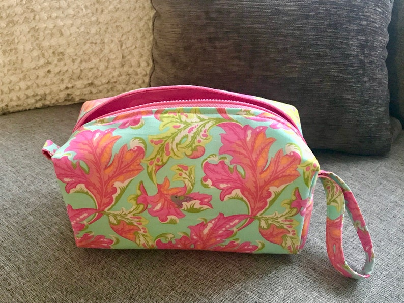 79695cc4946f Cosmetic Bag, Makeup Bag, Travel Bag, Box Pouch, Mouse, Makeup Case,  Toiletry Bag