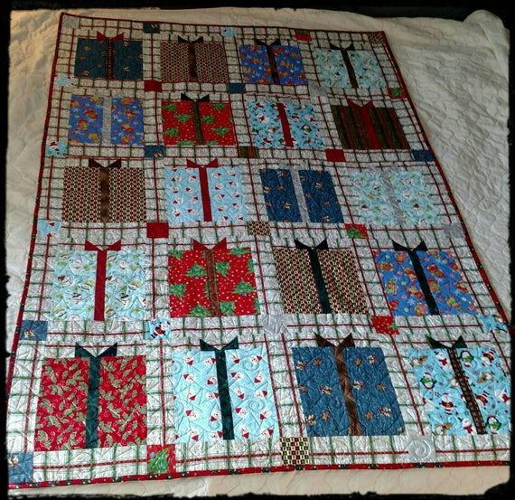 Christmas Present Quilt Etsy