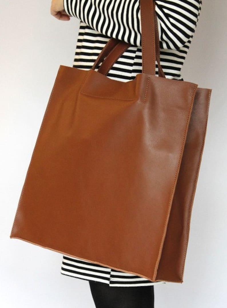 6cee475fc38fd Torba skórzana UMA duża minimalistyczna torebka damska   Etsy
