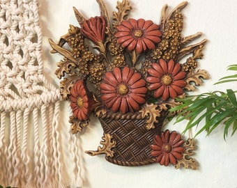 Vintage Flower Wall Hanging, Plastic Flower Wall Hanging, Flower Decor, 70s Wall Hanging, Fall Decor, Plastic Wall Mold Decor, Thanksgiving