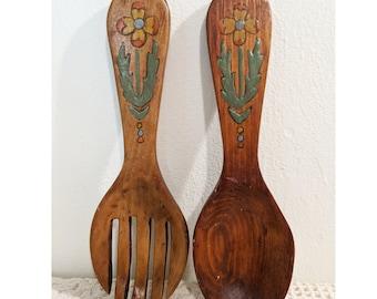 Vintage Wood Spoons, Decorative Wooden Spoons, Painted Wooden Spoons, 70s Decor, Kitchen Decor, Vintage Kitchen, Cottagecore