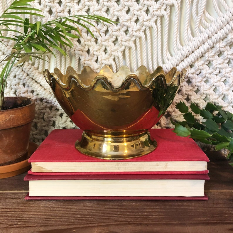 Large Brass Bowl with Scalloped Edges Vintage Brass Bowl image 0