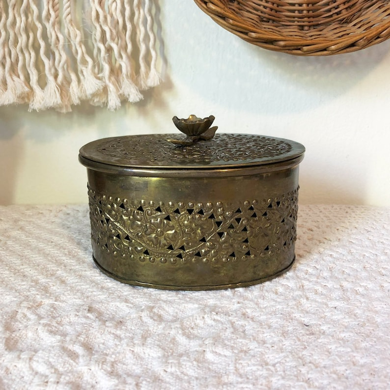Brass Bowl and Oval Brass Bowl with Lid Brass Decoration image 0