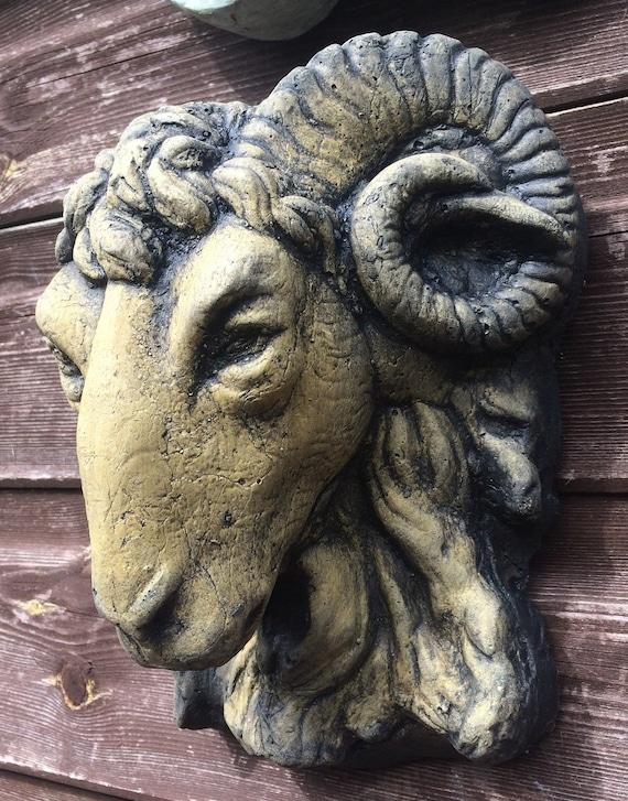 "Roman Lion Head Classical Wall plaque frost proof stone garden plaque 30cm//12/""sq"