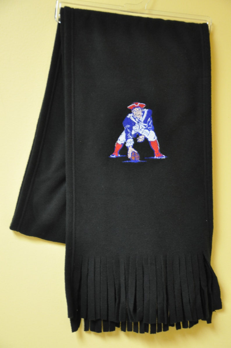 save off dbf52 e7554 New! Black Fleece Scarf- Old School New England Patriots - Patriots  Embroidered Scarf