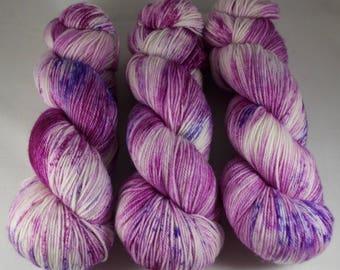 Cashmere Blend Sock Yarn, hand dyed wool, variegated sock yarn, nylon sock yarn, pink, purple, speckled