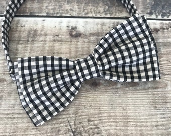 Gingham Bow tie. Black and Ivory Bow Tie, Groom, Best Man accessory. Gift for Dad. Dapper, wedding acccessory, Dickie Bow