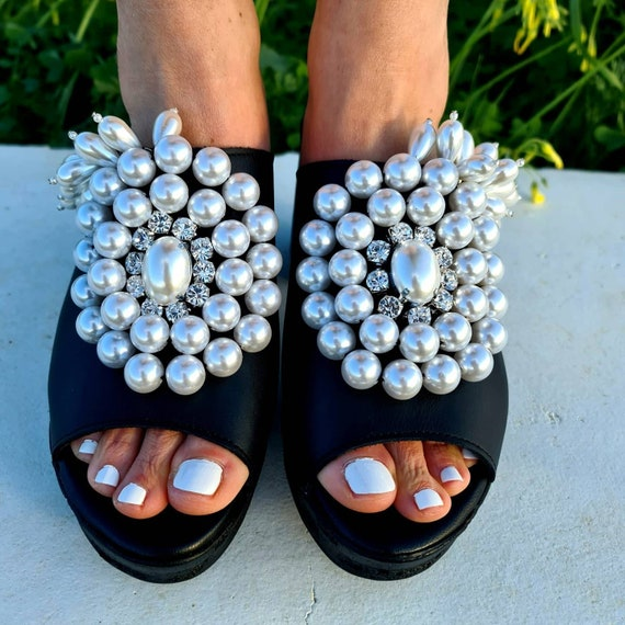 Heeled Sandals slides/pearls shoes/pearls Sandals/chunky heels Sandals/luxury sandals/handmade Sandals/genuine leather Sandals with heels