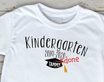 Straight Outta First Grade 1st Grade Graduation Toddler//Infant Kids T-Shirt Gift