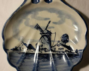 Delft Blue shell shaped ashtray handgemaakt handmade Made in Holland