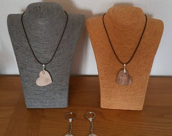 Do you offer a wooden heart natural 2 ways to wear!