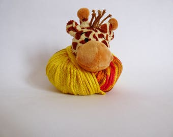 top this giraffe Hat Kit