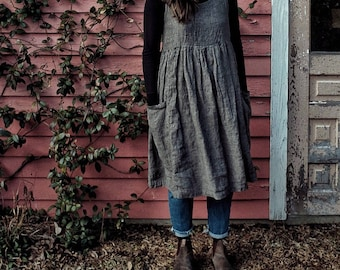 Womens gathered linen loose dress / simple romantic style / large front pockets/ preshrunk / french seams / ships plastic free