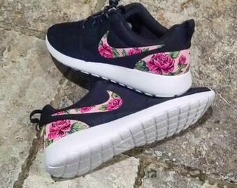 f79e3ffd3b51 Floral Custom Nike Roshe One