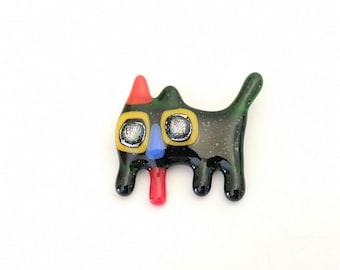Broche chat, épinglette verre fusion, pin, accessoire en verre, broche colorée, vert fonçé, rouge, bleu et jaune, fait à la main au québec