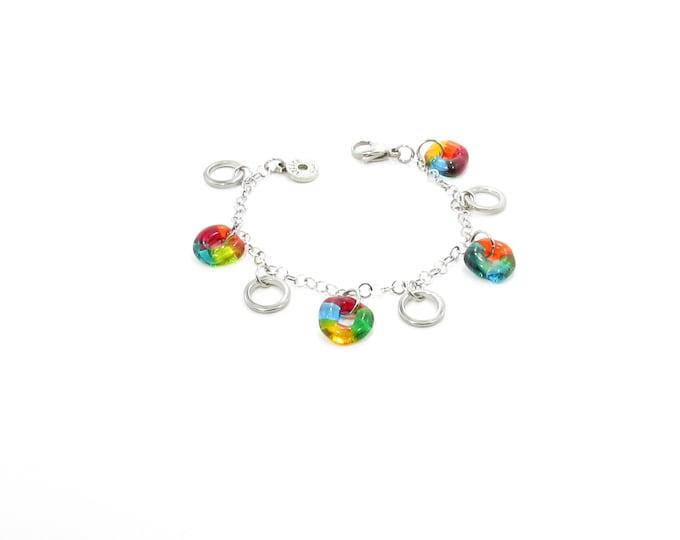 Bracelet / verre fusion / breloques / chaîne / Métiers d'art / accessoires mode / LapareBijoux