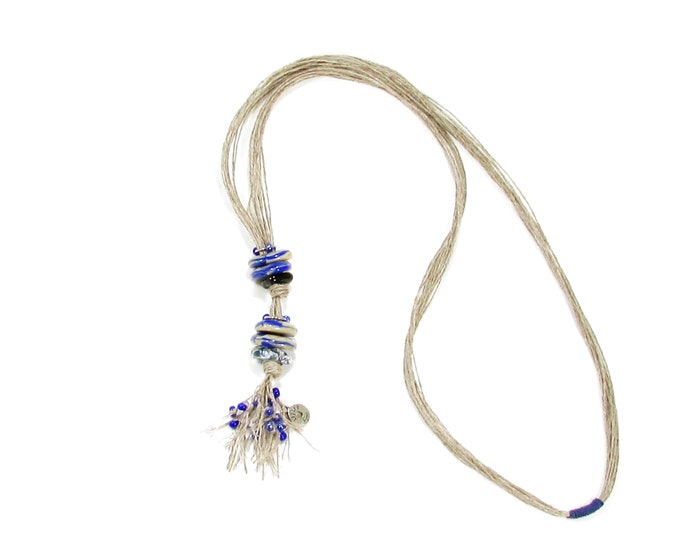 Sautoir / Verre fusion et fils de lin / couleurs sable et bleu / Accessoires mode / LapareBijoux