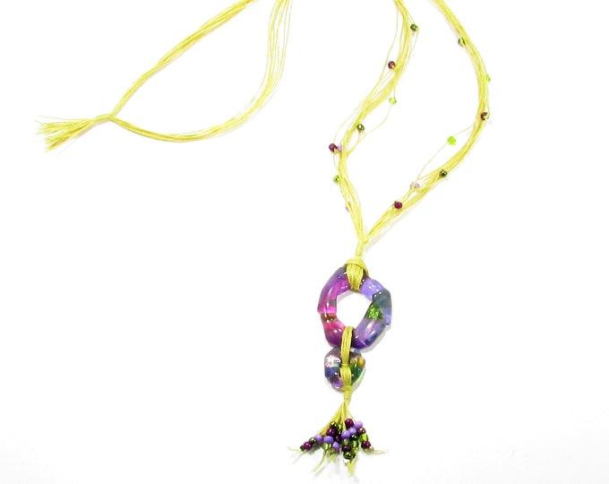 Sautoir / Verre fusion et fils de lin / teintes de violet / Accessoires mode / LapareBijoux