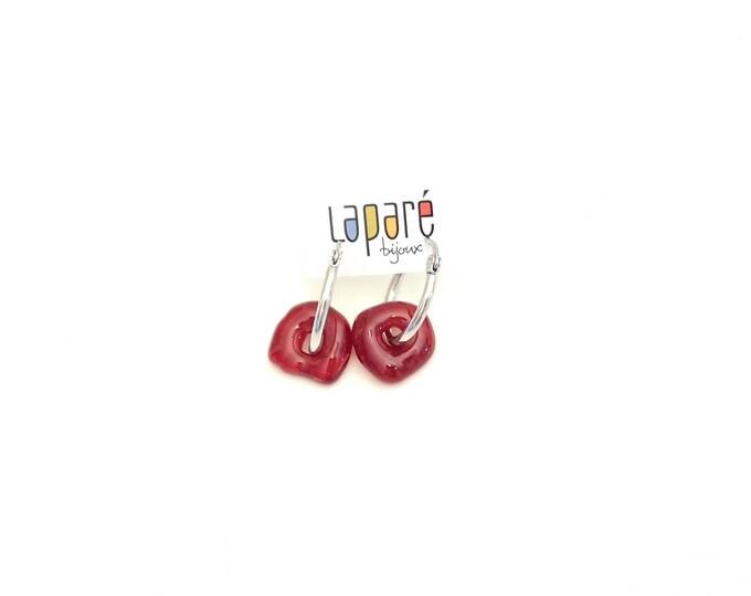 Boucle d'oreille anneaux, verre fusion, collection bonbons, parure, rouge opaque, fait à la main au Québec