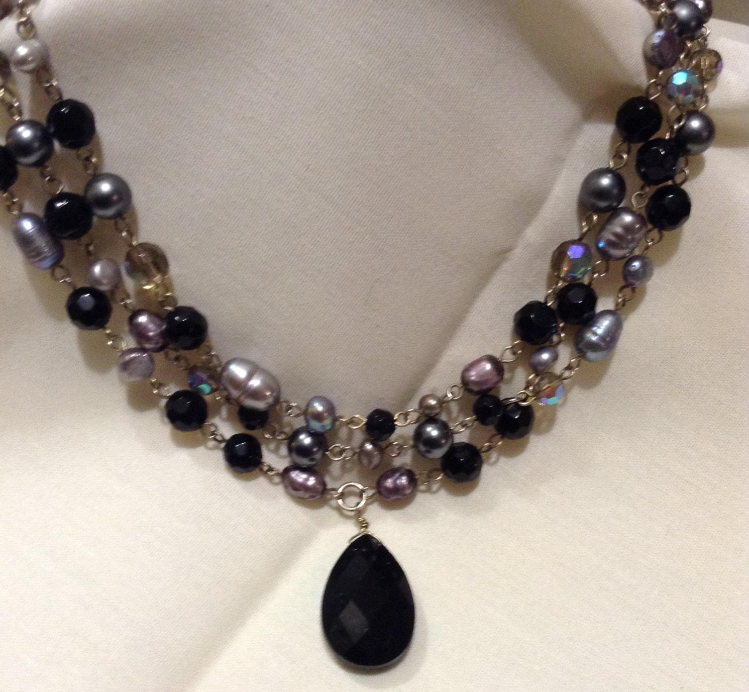 Torsade Necklace: Vintage Baroque Black Pearl Beaded Torsade Necklace Perla